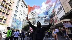 Covid Australian police clash with anti-lockdown
